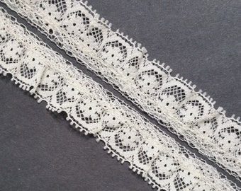 Vintage 3/4 inch wide, off-white,ruffled floral lace trim- by the yard