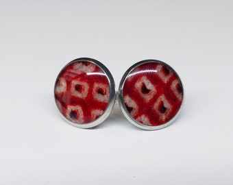Silver toned stainless steel stud earrings with red and white colored shibori kimono fabric