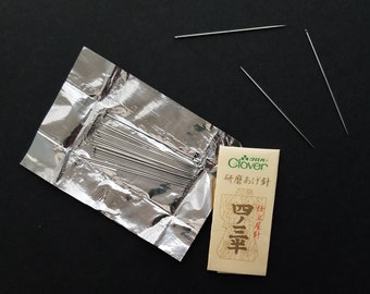 Clover Japan hand stitching needles - 25 needles in 4 / 3.5 size