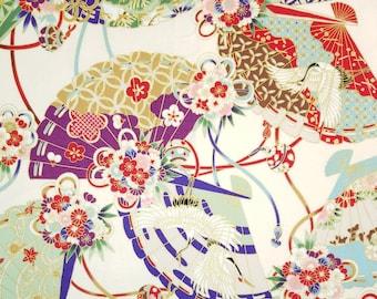 Quilt Gate Hyakka Ryoran Suzune cotton - fans and floral over off-white light cream