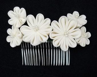 Large, cream white colored floral kanzashi tsumami hair comb - wedding bridal hair accessory