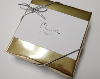 Gift wrapping for jewelry item