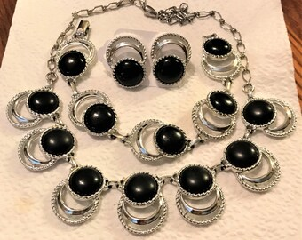 Vintage Sarah Coventry 1950's Bold and Beautiful Necklace, Bracelet, and Clip Earrings