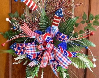 Patriotic tobacco basket, tobacco basket door hanging, Americana wreath, patriotic decor, front door decor, summer wreath, tobacco basket