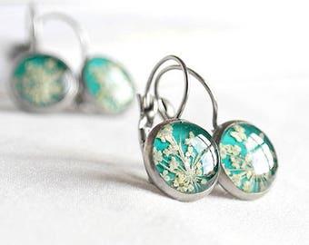 Miniature green earrings Mint earrings Emerald earrings Bridesmaids earrings Bridal earrings Drop earrings Romantic jewelry gift sister