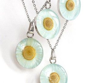 Daisy necklace Real flower necklace Wedding necklace set for bridesmaid Floral necklace Flower pendant sisters Light blue necklace mother