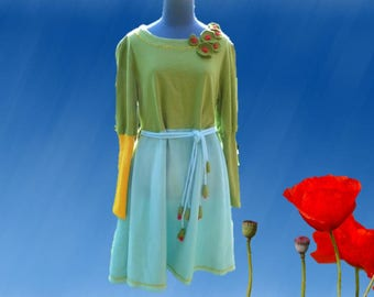 "Loose-fitting dress blue and green fleece and sweatshirt, handles ""ballon"" fall/winter collection"