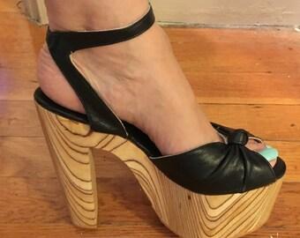 b5a3ce7248 Vintage Killer 70s Tall Platform Wood Disco Shoes Sandals -Rare!