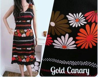 Vintage 60s 70s Black Stripe Daisy Lace A line Shift Dress Mod Boho / UK 10 / EU 38 / US 6
