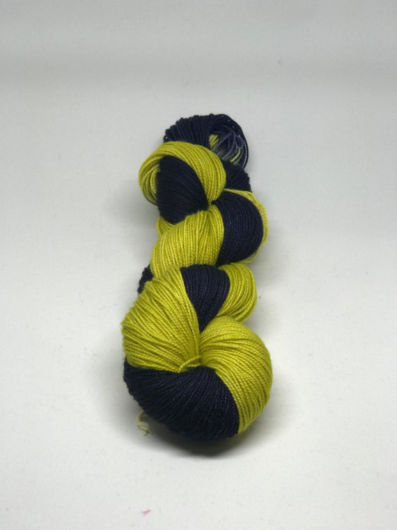 8020 Superwash Merino  Nylon 400 yards  100 grams Fingering Weight Yarn 2-ply