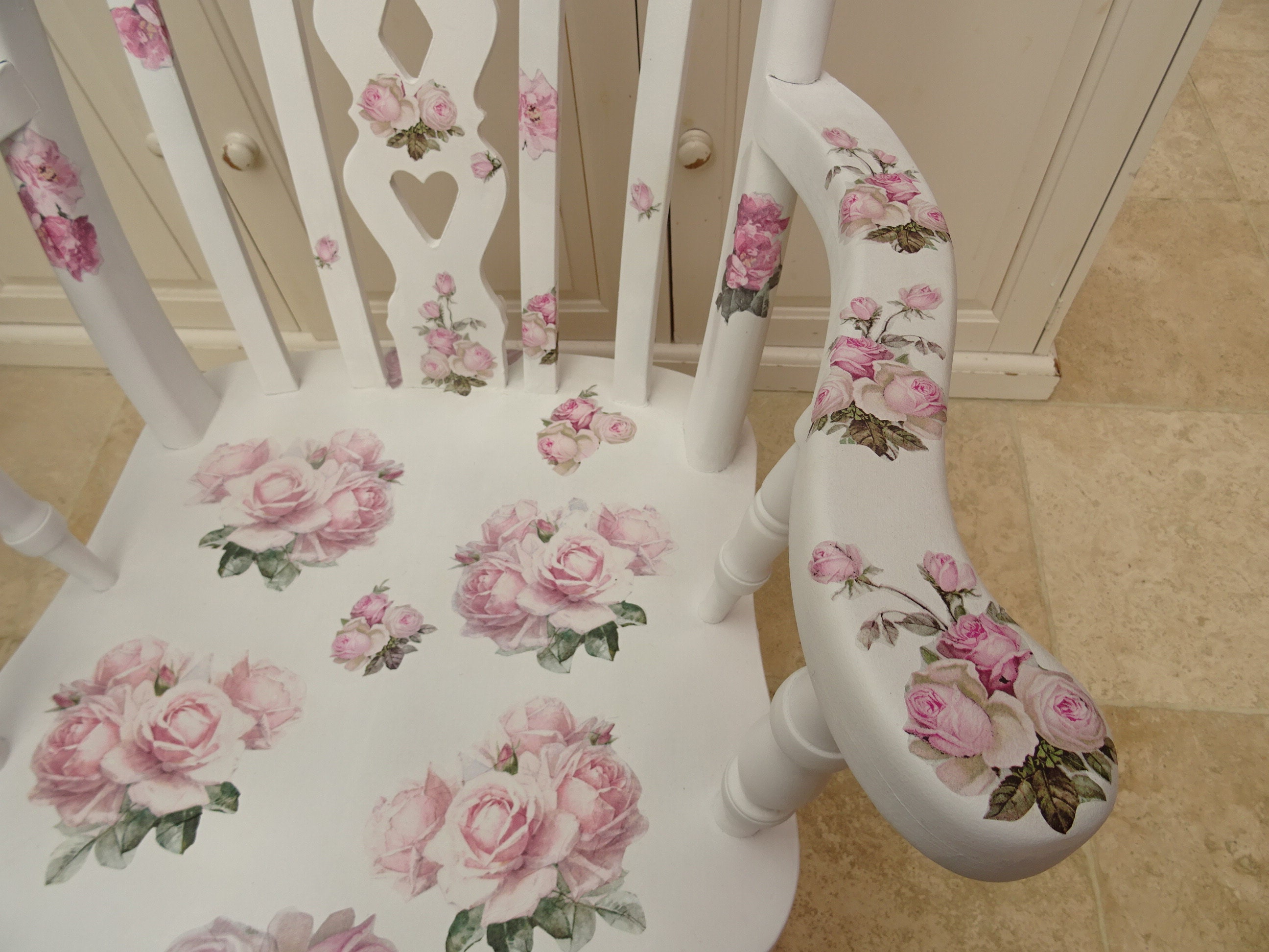 Stupendous Rocking Chair Rose Design Decopatch Decoupage With A Gmtry Best Dining Table And Chair Ideas Images Gmtryco