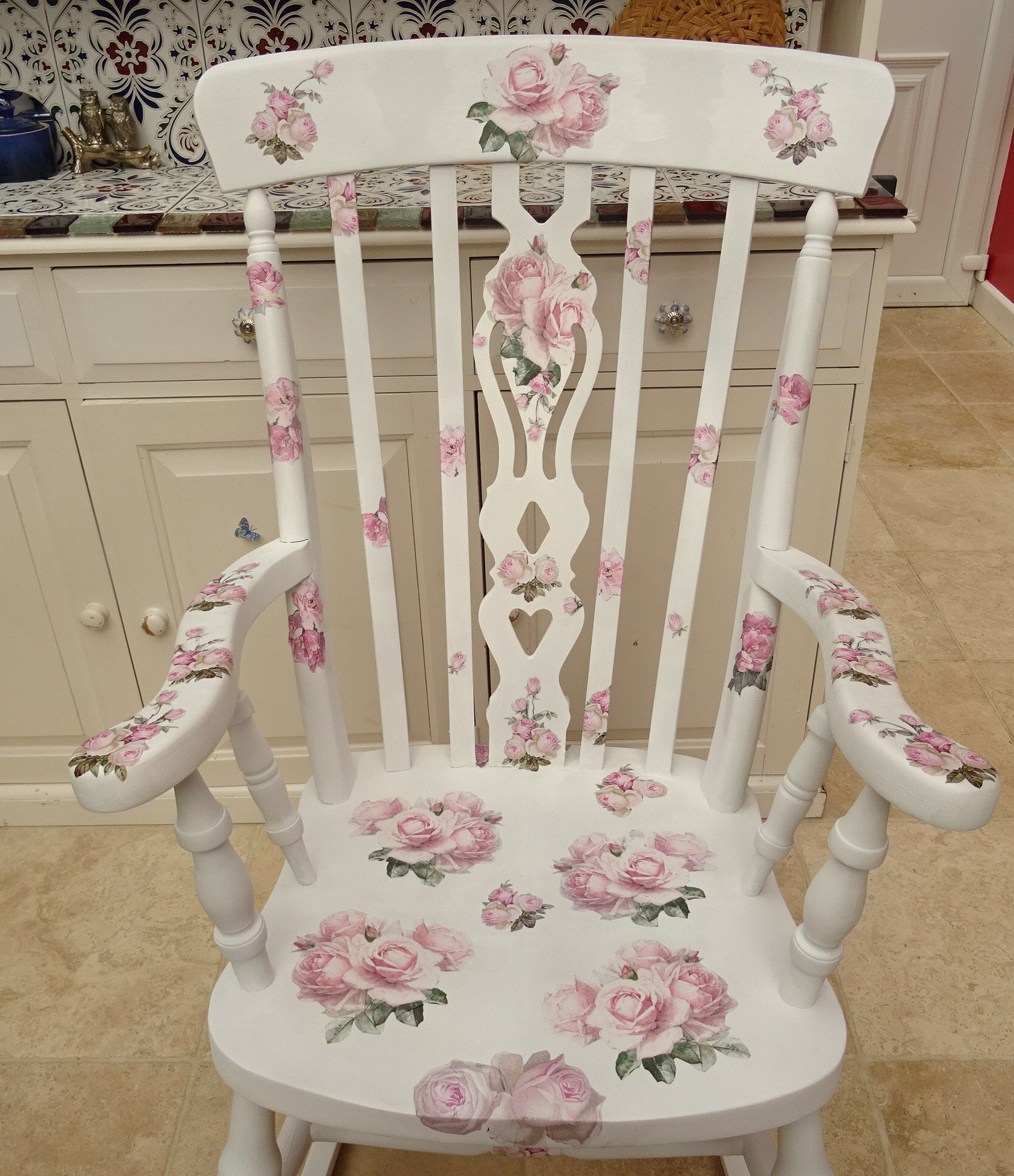 Sensational Rocking Chair Rose Design Decopatch Decoupage With A Gmtry Best Dining Table And Chair Ideas Images Gmtryco