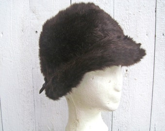 Epoca di vendemmia  Marrone cappello di pelliccia   cappotto cappello degli  anni 60 pelliccia ecologica Loden cappello marrone 2b2941315d71