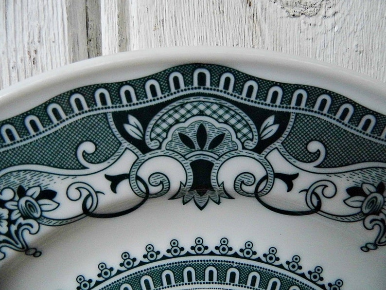 porcelain made in Germany  Green pattern 6 retro plates 7,5 Hutschenreuther plate