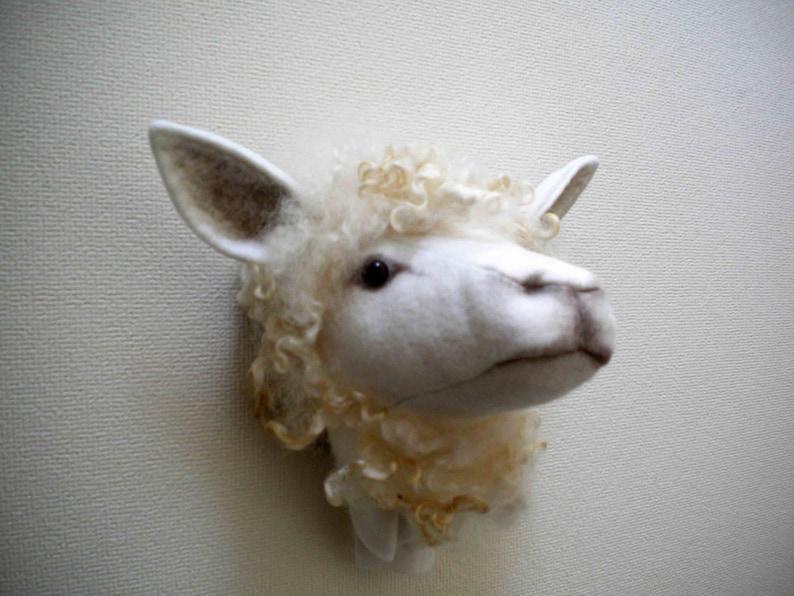 SHEEP HEAD trophy head pattern by Jan Horrox
