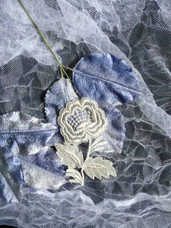 Closeout Many Beautiful Vintage Style Venise Lace Price For 1 or 2 yrd. Sale