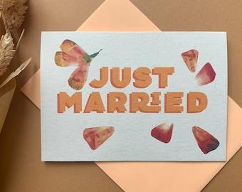 Just Married petal confetti card, eco friendly wedding card.