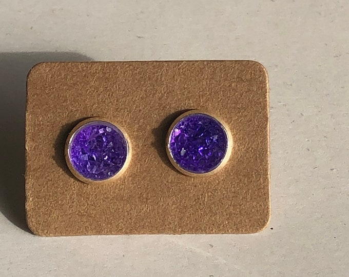 Zola Studs in True Purple