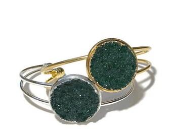Bailey in Emerald