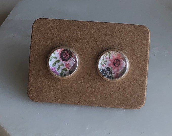 Zola Studs in Floral