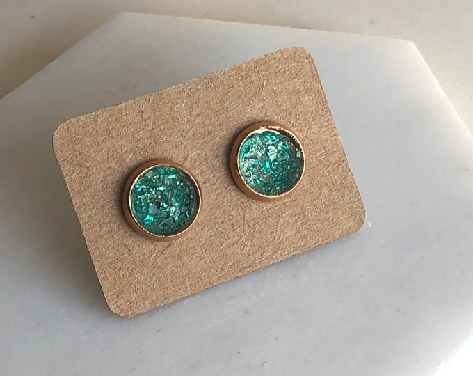 Zola Studs in Sage