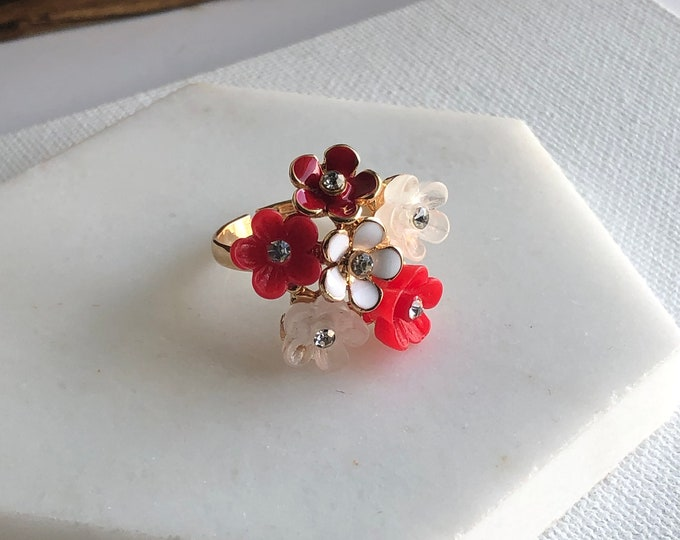 Amerin Floral Ring
