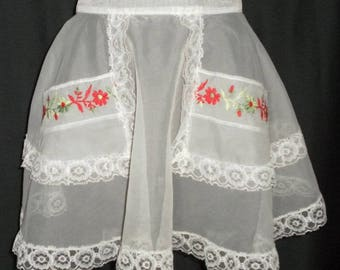 Vintage Double Pocket Sheer White Apron w/ Red Flowers