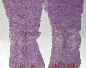Vintage Victorian Lace Purple Fingerless Gloves w/ Embroidery - Petite