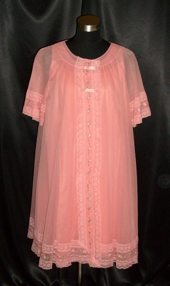 FREE USA SHIPPING!!!  Vintage Orange Chiffon & Lac