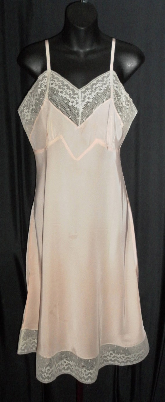 """FREE USA SHIPPING!!!  Vintage 1940's Radelle """"Miss"""