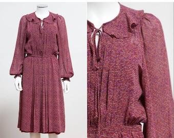 58d9fdc35b9c 70 s Albert Nipon Silk Dress • 70 s Nipon Boutique Dress • Bohemian Dress • Ditzy  Print Silk Dress • Size Small Silk Secretary Dress