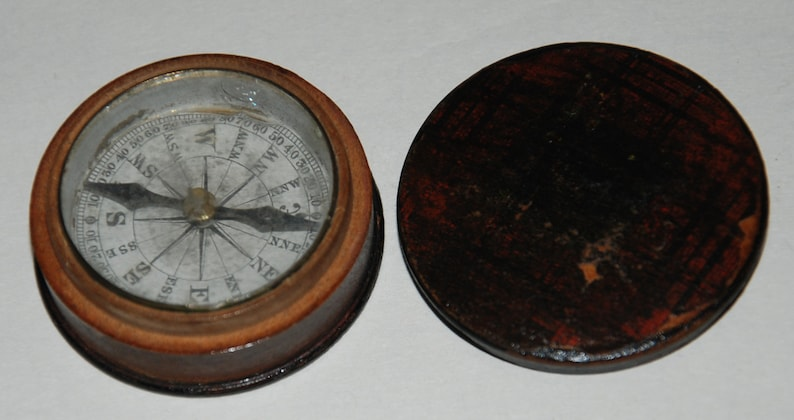 1850s era Pocket Tartanware Pocket Compass  Free USA image 0
