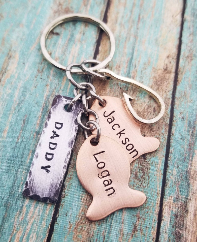 Daddy Fishing Keychain - Customize - Personalized - Kids names - Father's  Day - Grandpa - Dad