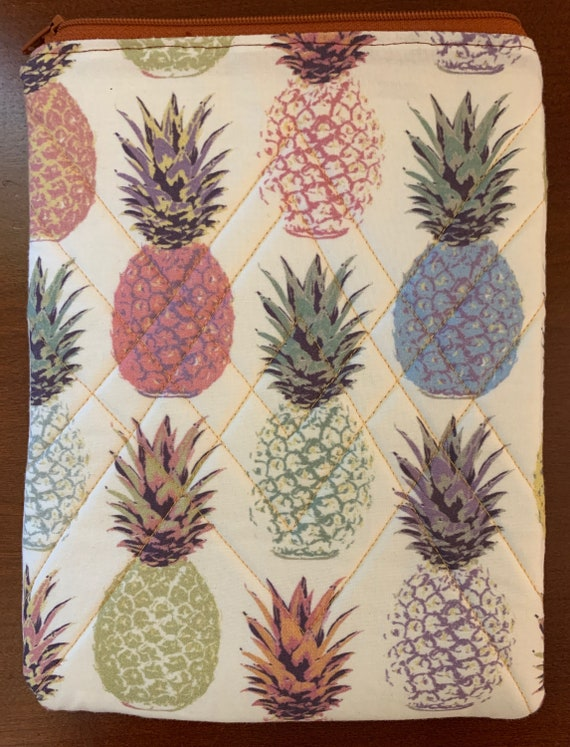 "Pastel Pineapples 8"" Tablet Padded Zipper Bag (iPad Mini, Kindle, etc.)"