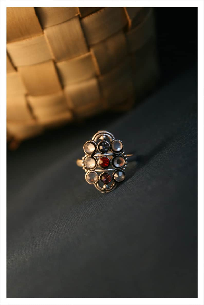 tribal trinkets with gem stones Indian craftsmanship Traditional toe rings with rhinestones size adjustable