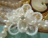 12c 1.25 quot Ivory Organza Flower Embellishments Rhinestone Pearls Boutique Baby Bows Bridal Trim Crazy Quilt Mixed Media Assemblage Applique