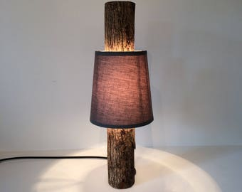 Vertical Log Lamp With Shade