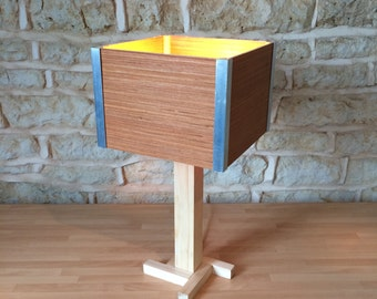 wooden table lamp, modern table lamp, desk light, desk lamp, bedroom lamp, wooden lamp, square lamp, modern lamp