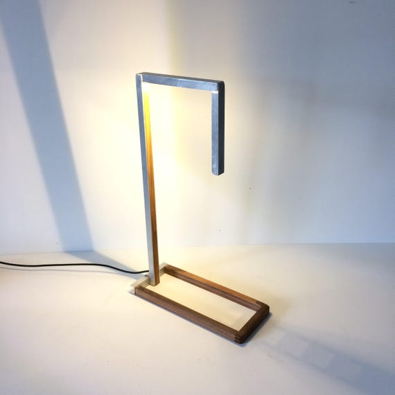 lamp, table lamp, desk lamp, modern lamp, designer lamp, stylish lamp, led lamp, contemporary lamp, office lamp, designer lighting