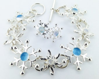 Silver Snowflake Bracelet with Moonstones, Snowflake Bracelet, Mary Colyer Jewellery, Lovely Gift, Ready to Ship