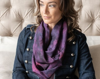 Modern purple tie dye silk scarf. Purple & pink silk infinity scarf. Winter zoom scarf. Mom birthday gift for wife 12th anniversary gift.