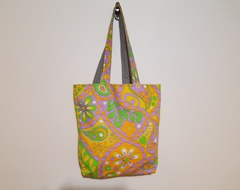 Tote Bag / Upcycled / Vintage 60s Floral / Lt. Gray