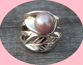 Lovely Soft Pink Genuine Freshwater Pearl Ring Set in Sterling Silver