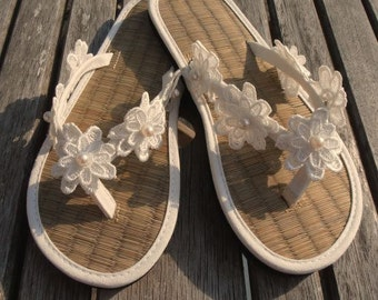 93dcbbf8c Ladies Straw Wedding Flip Flops Hand Decorated with Lace Flower with Pearl  Centre