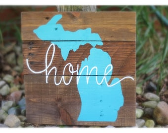 Michigan Home Sign, Michigan wood sign, Michigan Wood Decore, Custom handpainted wood sign, Pallet wood sign, Rustic home decore