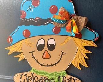 Scarecrow door hanger, Fall door hanger, Scarecrow decor, Welcome Fall door hanger,  wooden door hanger, door decor, fall decor