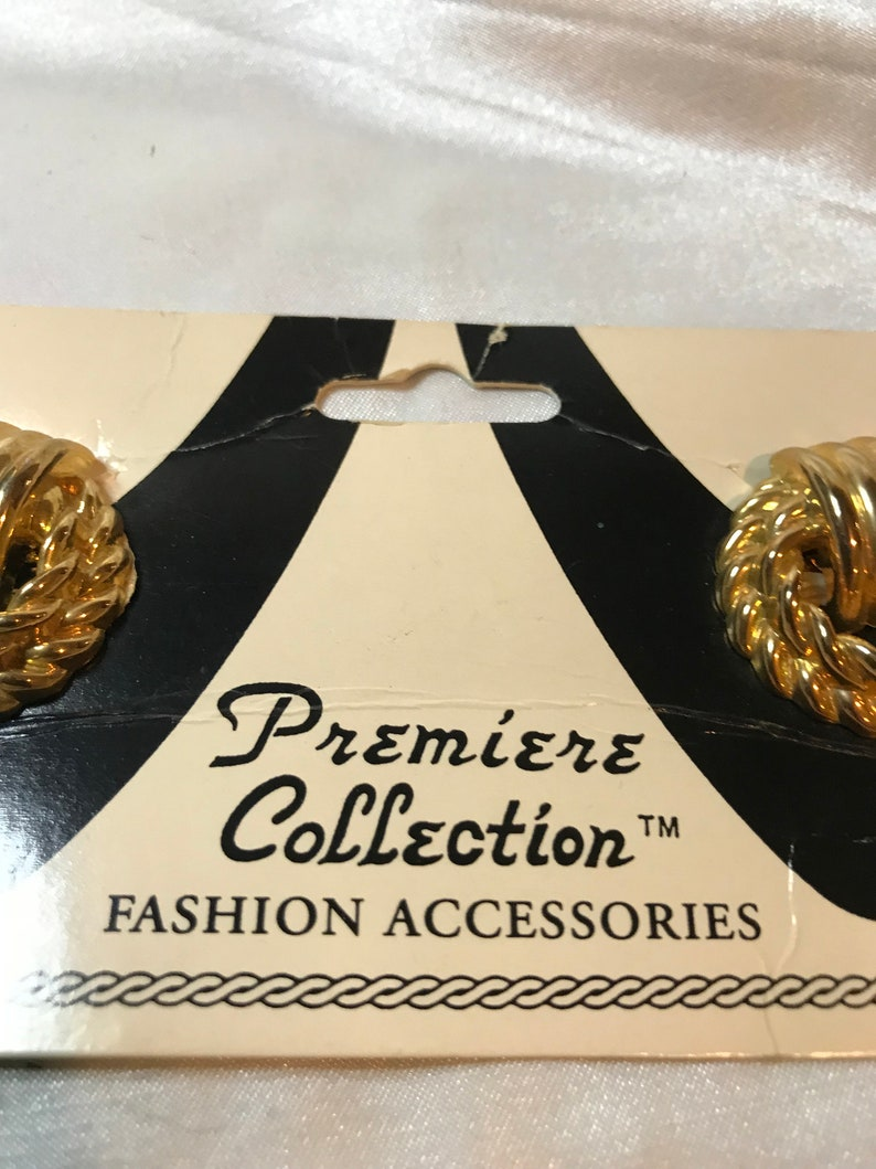 still on Original Card SHOE CLIPS Premiere Collection Gold Tone