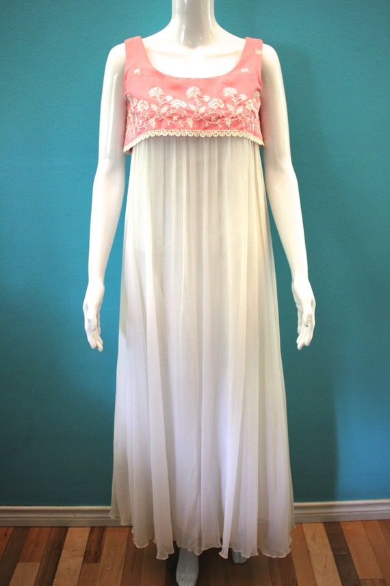 60's Prom Dress Mid-60's Pink And White Embroider… - image 2