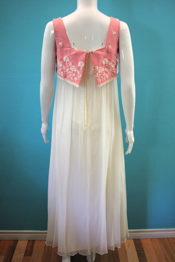 60's Prom Dress Mid-60's Pink And White Embroider… - image 6