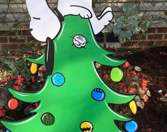 christmas tree yard art hand painted snoopy
